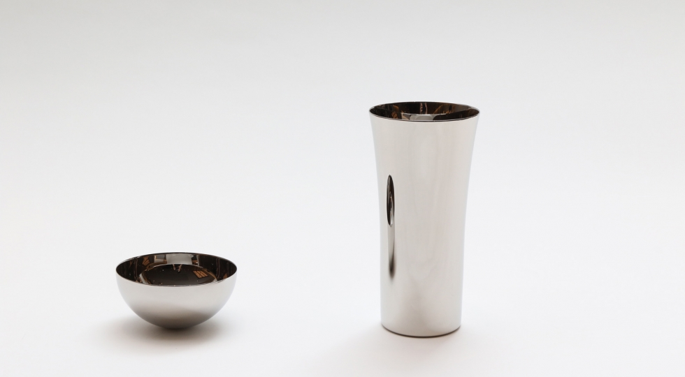 Small sake cup and stainless tumbler by YAMAZAKI polishing industry