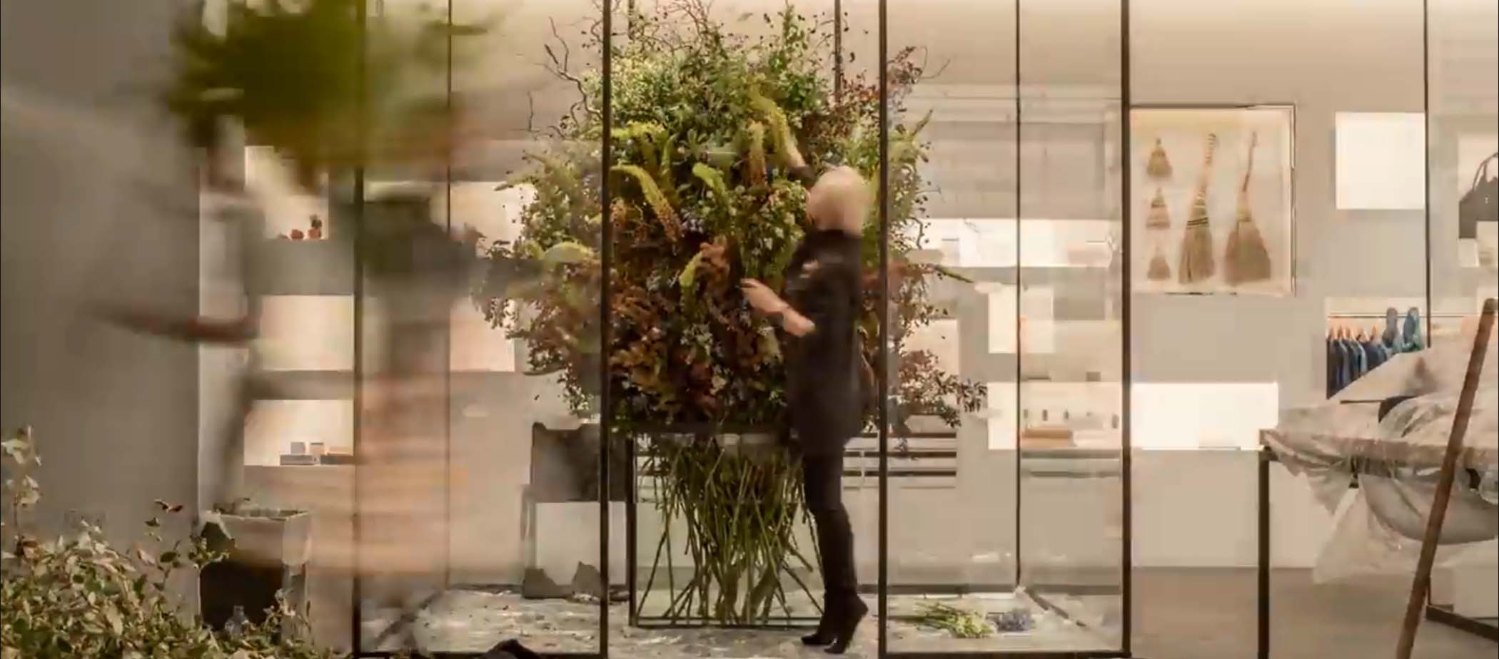 Watch Our Videos Installation By Flower Artist Azuma Makoto